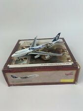 HERPA 1:400 Air New Zealand Lord of the Rings BOEING B747-400 FRODO 560894