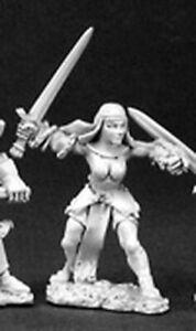 1 x BATTLE NUN SWORD - WARLORD REAPER miniature jdr rpg pike nonne soeur 06062b