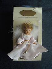 DG CREATIONS - ANGEL JOY, HANDPAINTED PORCELAIN ANGEL, CHRISTMAS ORNAMENT. RARO