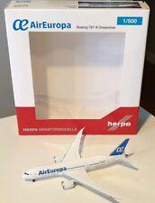 HERPA WINGS 1:500 Air Europa Boeing 787-8 EC-MIG 529396