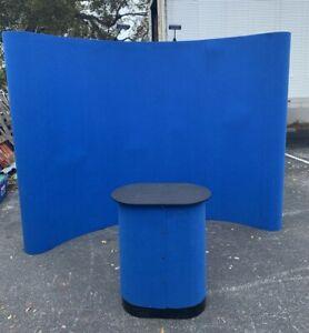 Nomadic Display 10 Foot Curved w/ Hook-and-Loop Fabric  2 Spotlights  Blue