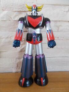 belle figurine personnage de goldorak environ 23  cm très bon état articulé