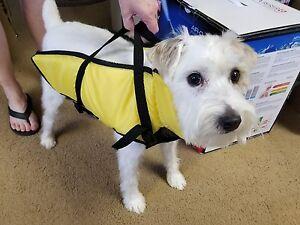 """Pure Country Yellow Dog Floatation Life Jacket / Vest Medium 19"""" Zip-up"""