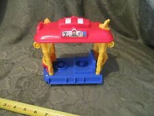 Fisher Price Little People Disney carriage Jolly Trolley Goofy Train great shape