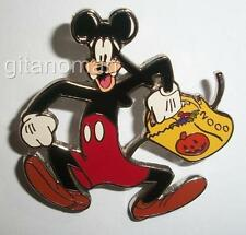 Disney Goofy Dressed as Mickey Mouse w/ Candy Bag Costume for Halloween 2000 Pin