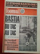 FRANCE FOOTBALL du 21/01/75 n°1503 LENOIR BASTIA REVELLI BRANDAO