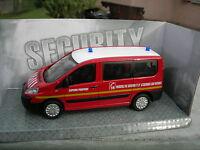 """1/43 FOURGON Pompiers PEUGEOT EXPERT vitré """"secours assistance""""!!"""