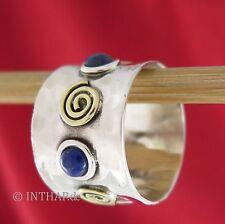 Echter Ringe im Band-Stil aus Sterlingsilber mit Lapislazuli-Hauptstein