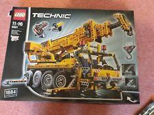 Lego Technic 8421 Mobile Crane/Aerial Lift