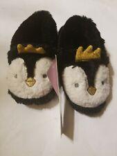 NWT KENSIE Girls 9/10 BLACK & WHITE GOLD CROWN PENGUIN Soft Slipper Shoes