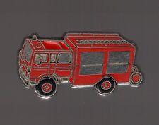 Pin's pompier / camion de sapeurs pompiers (zamac signé CEF Paris)