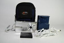 Canon Power shot SD10 Elph 4.0 MP Digital Camera