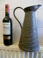 ANTIQUE 4 PINT, ALLIGATOR SKIN PATTERN BRASS WATER JUG, WITH A DOUBLE HINGED LID