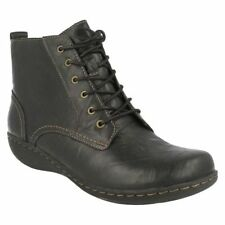 Clarks Leather Lace Up Ankle Boots for Women