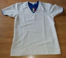 Italy small adults Puma football shirt.