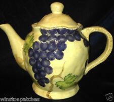 GANZ BELLA CASA VINEYARD COLLECTION TEAPOT PURPLE GRAPES GREEN LEAVES & VINES