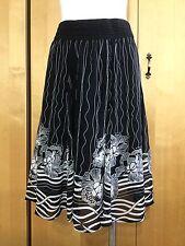 Lapis White & Black High Elastic Waist Skirt Size S