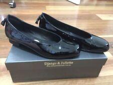 Django & Juliette Flat (0 to 1/2 in.) Shoes for Women
