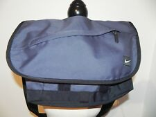Sac besace NIKE porté bandoulière , borsa , bag sac de sport musculation ...