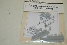 MAQUETTE TAHK A-84 SOVIET 7.62  MG SG-43  TANK 1/35 NEUF MODEL KIT