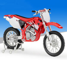 1:18 Maisto YAMAHA YZ 450F Motorcycle Motocross Bike Model New In Box Red