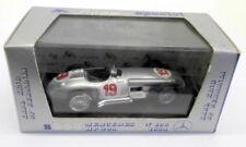 Modellini statici di auto , furgoni e camion Brumm argento mercedes