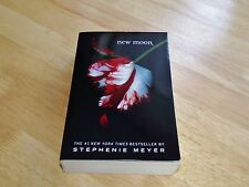 New Moon by Stephenie Meyer A Twilight Novel
