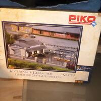 Piko 61152, 1:87 H0-Bausatz Kistenfabrik Gerlacher, neuwertig, ungebaut in OVP