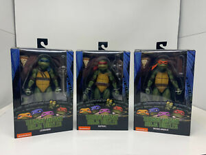 Teenage Mutant Ninja Turtles Mega Figuren 3-er Set B-Ware OVP Actionfigur NECA
