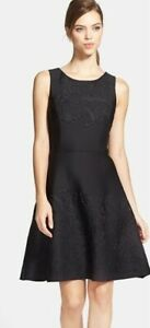 Vera Wang designer size 10 embossed black cocktail evening dinner party dress