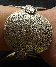 Eye Catching Turkish Ottoman Style Detailed Bracelet