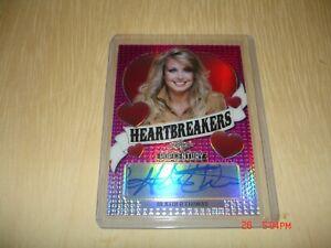 2020 Leaf Pop Century Heather Thomas 8/15 Pink Auto Signature Heartbreakers