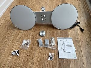 Bang & Olufsen Beoplay A8 WiFi Lightning Dock AirPlay Remote White
