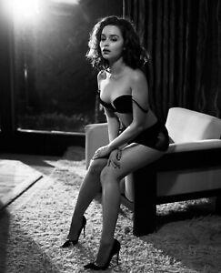 EMILIA CLARKE 8X10 CELEBRITY PHOTO PICTURE HOT SEXY 1