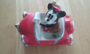 Disney Mickey Mouse & Minnie Salt and Pepper Shakers w/ Car less Mickey