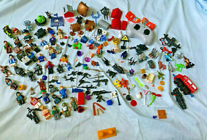 MegaBloks Mixed Lot Figurines Weapons +