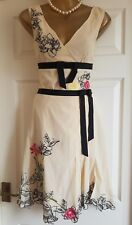 Karen Millen Beige Dress Skirt Top Co-ord.Floral Embroidered Uk8.Silk Paid £210