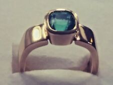 Colombian Natural Emerald 1.65 CT  , 18 k Yellow Gold Ring.