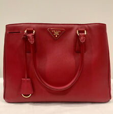 ❤️NEW $2100 PRADA 'LUX' RED (FUOCO) SAFFIANO HANDBAG-JUST BEAUTIFUL! NO RESERVE-