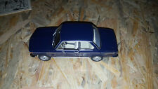 QUATTRORUOTE COLLECTION SCALA 1/24 BMW 1600 (1968)