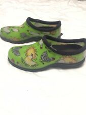 SLOGGERS WOMENS SHOES-GREEN -WATERPROOF-CHICKEN PRINT-RAIN SHOE-SIZE 7-EUC--
