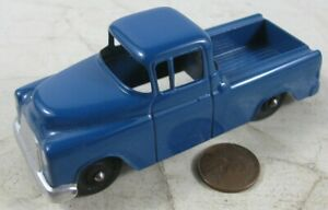"""Vintage 1950's Die Cast 4"""" Tootsie Toy Chevy Cameo Carrier Truck Blue"""