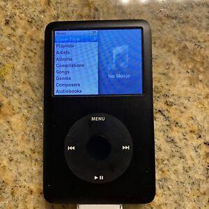 Apple iPod Classic 5th Gen 80GB MP3 Player - Black WORKS GREAT