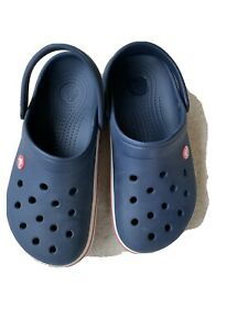Crocs UK Sixe 4-6 (crocs Size 6-8)