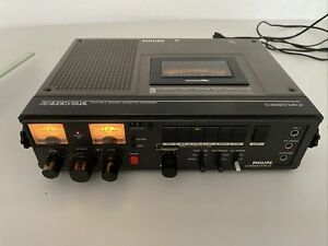Philips D 6920 MK2 - Portable Stereo Cassette Recorder - 3 Motors - Touch