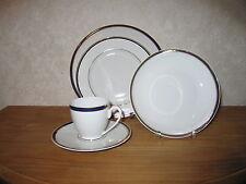 GUY DEGRENNE *NEW* Privilège / Privilege Set 3 Assiettes + Tasse à café