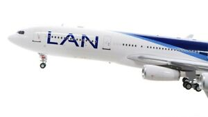 INFLIGHT 200 IF343LAN001 1/200 LAN AIRLINES AIRBUS A340-300 CC-CQC WITH STAND