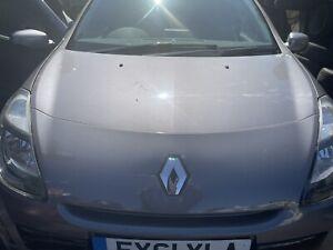 2011 Renault Clio Front Bumper Breaking Full Car.  Sat Nav Edition Tom Tom