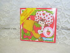 STRAWBERRY SHORTCAKE BOOKLET MORE FUN FROM STRAWBERRYLAND AMERICAN GREETING 1980