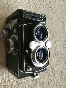YASHICA 635 TLR YashicaFlex in Excellent Condition With Unusual Embossed Head Fo